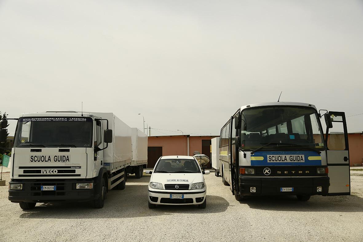 Auto, camion e pulman